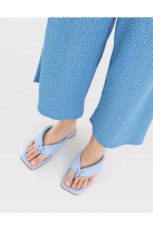 Stradivarius Padded thong sandal in blue