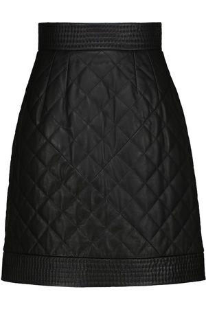 Dolce & Gabbana High-Rise Minirock aus gestepptem Leder