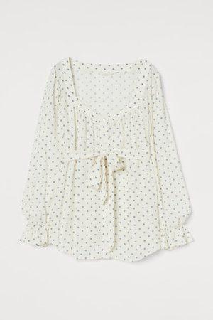 H&M Damen Blusen - MAMA Bluse mit Herz-Ausschnitt
