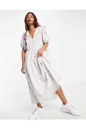 Neon Rose Midi smock dress with puff sleeves and vintage embroidered collar in ditsy floral-White