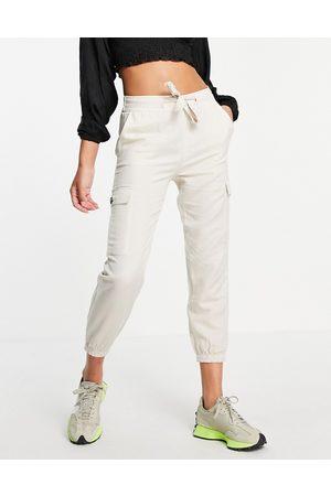 ONLY Damen Cargohosen - Cargo trouser with tie waist in -Neutral