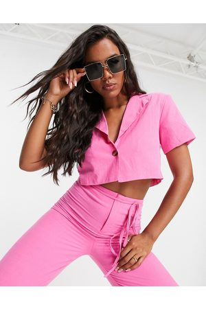 I saw it first Cropped blazer co ord in hot pink