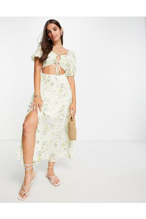 ASOS Damen Freizeitkleider - Cross front cut out midi dress in meadow floral print-Multi