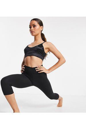 ASOS Damen Leggings & Treggings - Petite icon yoga capri legging-Black