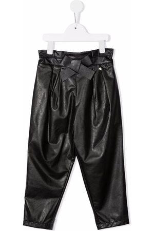 Elisabetta Franchi La Mia Bambina Mädchen Leder & Lederimitathosen - Vegan leather paperbag-waist trousers