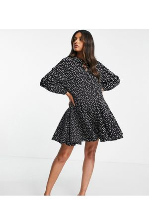 Glamorous Damen Bedruckte Kleider - Mini swing dress with pleated hem in black mini floral