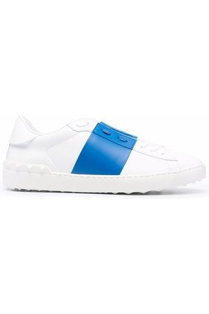 VALENTINO GARAVANI Rockstud Untitled low-top sneakers