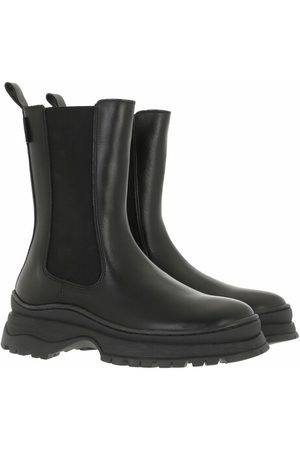 Ted Baker Wfb Lilanna Leather Chelsea Chunky Sole Boot - in - Boots & Stiefeletten für Damen