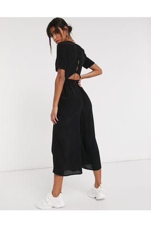 ASOS Damen Jumpsuits - Tea jumpsuit with button back detail in black