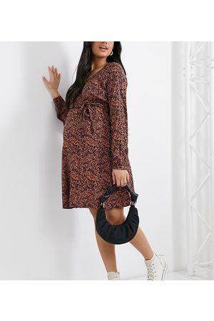 Mama Licious Mamalicious Maternity v neck mini dress in floral print-Multi