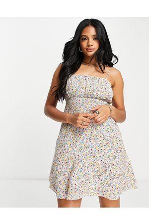 Accessorize Damen Freizeitkleider - Ruched mini dress in floral ditsy print-Multi