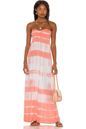 Tiare Hawaii Seaside Maxi Dress in - Coral. Size M/L (also in S/M).