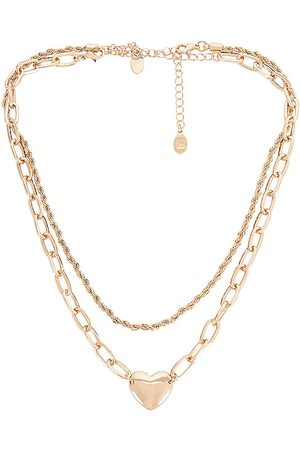 8 Other Reasons Two Layer Chain With Heart in - Metallic . Size all.