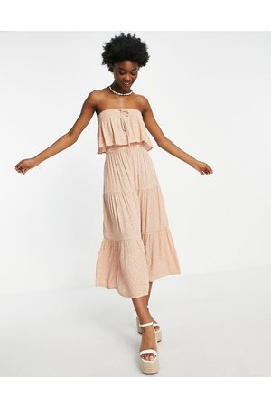 AMERICAN EAGLE Strapless tiered midi dress in pink
