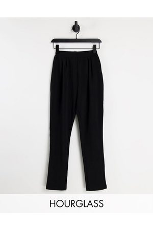 ASOS Damen Hosen & Jeans - Hourglass jersey tapered suit trousers in black