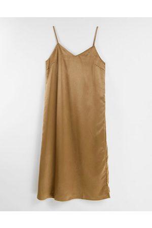VILA Damen Midikleider - Cami midi dress in camel-Brown