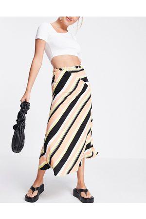 ASOS DESIGN Wrap midi skirt with d ring in stripe print-Multi