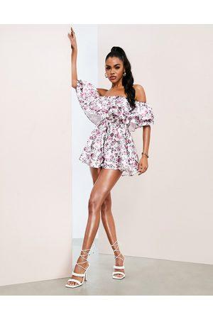 ASOS Damen Jumpsuits - Bardot playsuit with ruffles in floral print-Multi