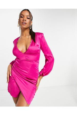 NaaNaa Damen Cocktail & Partykleider - Plunge long sleeve assymetric satin dress in pink