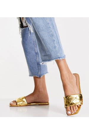 ASOS DESIGN Wide Fit Forty woven flat sandals in