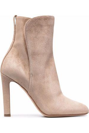 Francesco Russo Damen Stiefeletten - Pointed-toe suede ankle boots