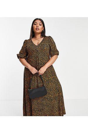 ASOS ASOS DESIGN Curve v neck midi smock dress in leopard print-Brown