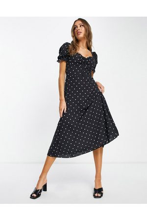 I Saw It First Polka dot puff sleeve button front midi dress in black