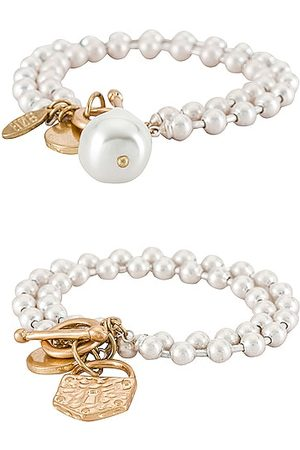 8 Other Reasons X Sofia Richie Pearl Bracelet Set in . Size all.