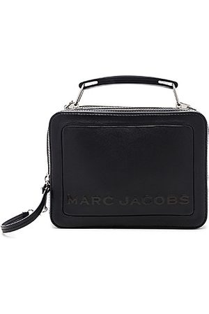 Marc Jacobs The Box 23 in - . Size all.