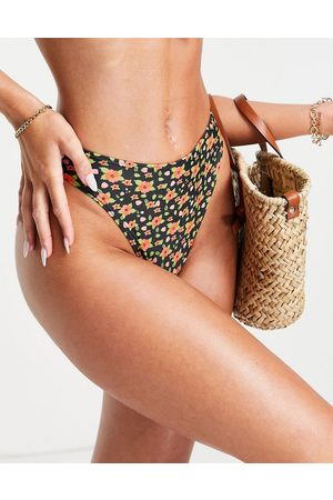 Miss Selfridge Floral bikini brief in black