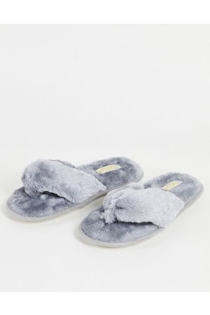 Truffle Collection Fluffy toe post slippers in grey-White