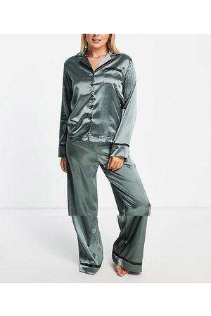 NIGHT Revere collar pyjama set in green