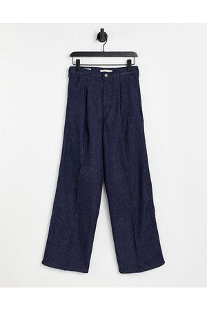 Levi's Levi's x Felix pleat high loose jean in blue