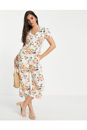 Miss Selfridge Puff sleeve jumpsuit in grape print-White