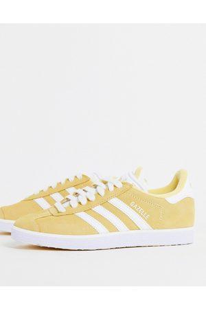 adidas Gazelle trainers in pale orange-Yellow