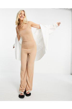 Miss Selfridge Damen Jumpsuits - Casual square neck jumpsuit in camel-Neutral