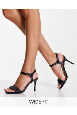 New Look Ruched strappy heeled shoe in black