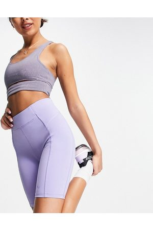 Only Play Sports performance high waist legging shorts in lilac-Purple