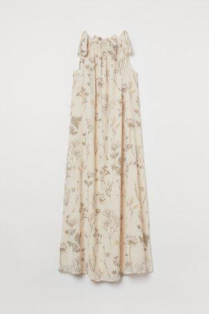 H&M Gecrinkeltes langes Kleid