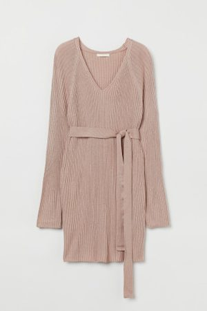 H&M MAMA Gerippter Pullover